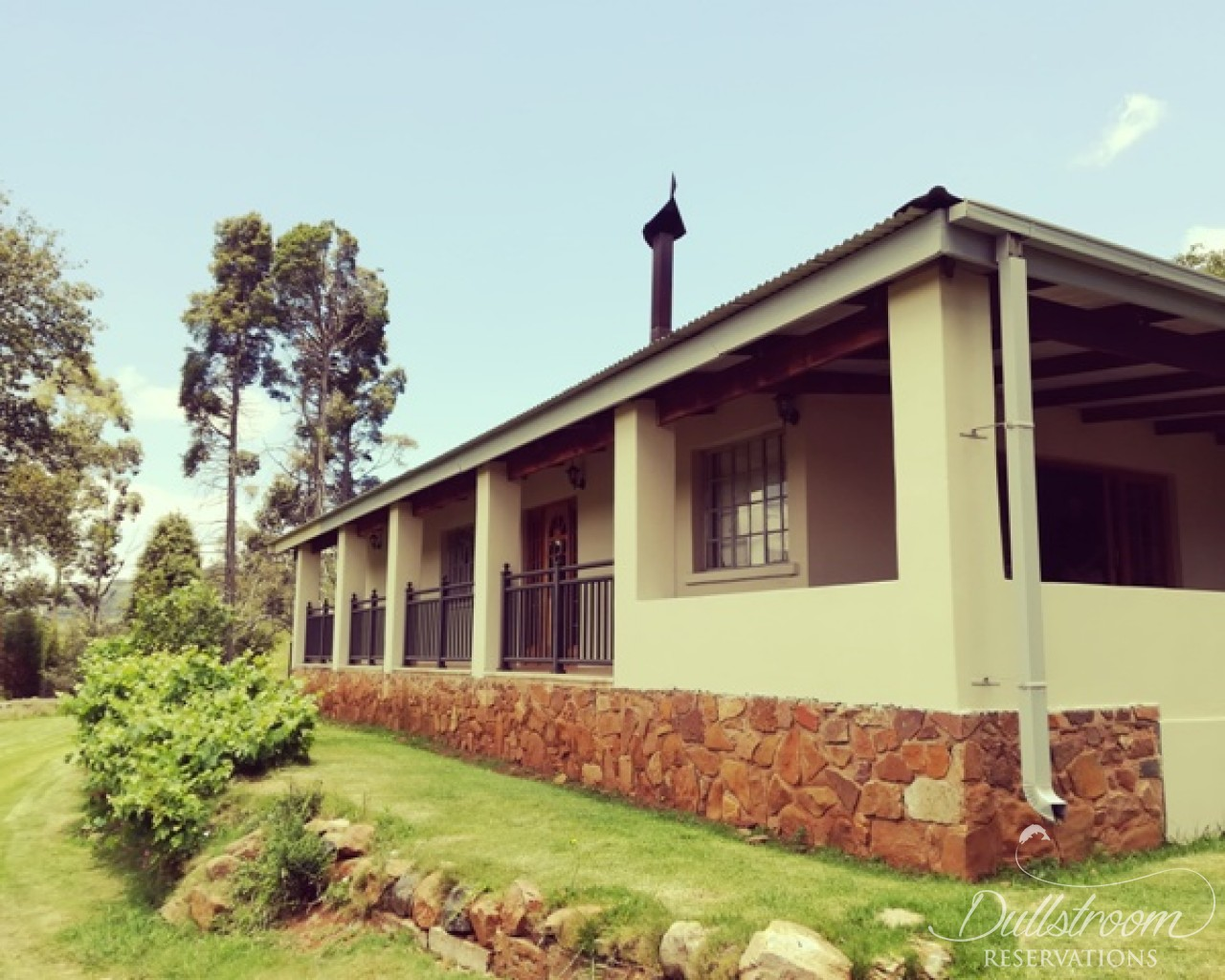 Willow creek accommodation in dullstroom dullstroom for Willow creek mansion