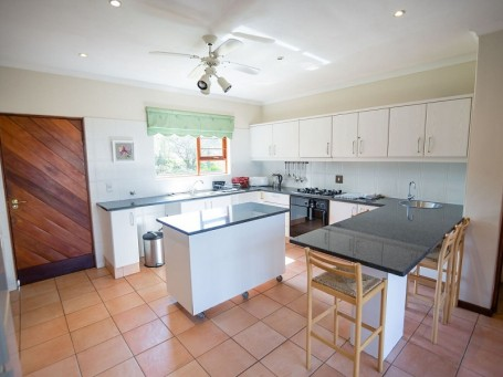 Amberley Mountain Reserve Cottage